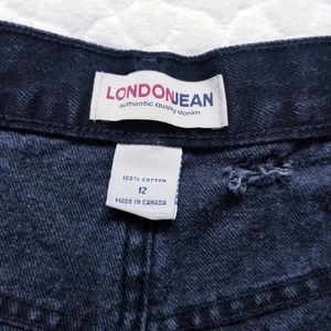 LONDONJEAN Shorts - LONDONJEAN distressed shorts mom black denim